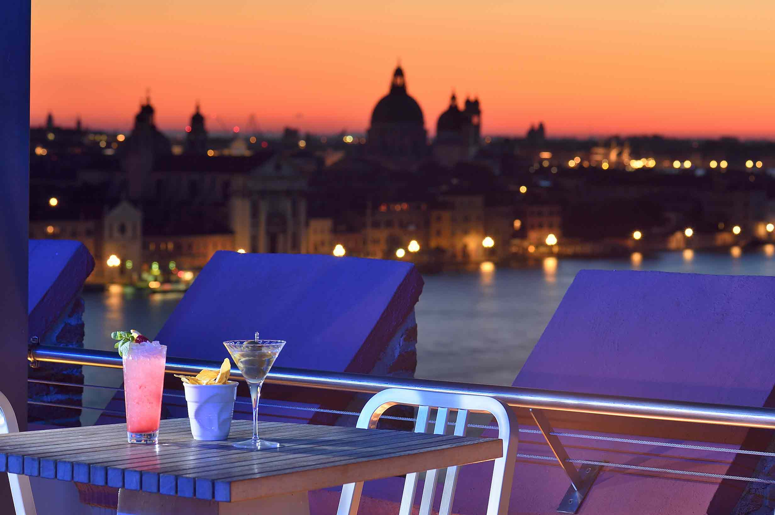 English Skyline Rooftop Bar Venice